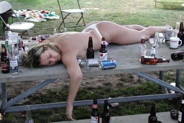 Donna ubriaca
